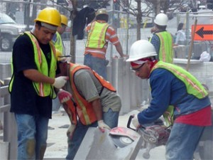 Workers' Comp Lawyer, Dale Dahlin offers free case consultation for work related injuries in Lincoln, NE.